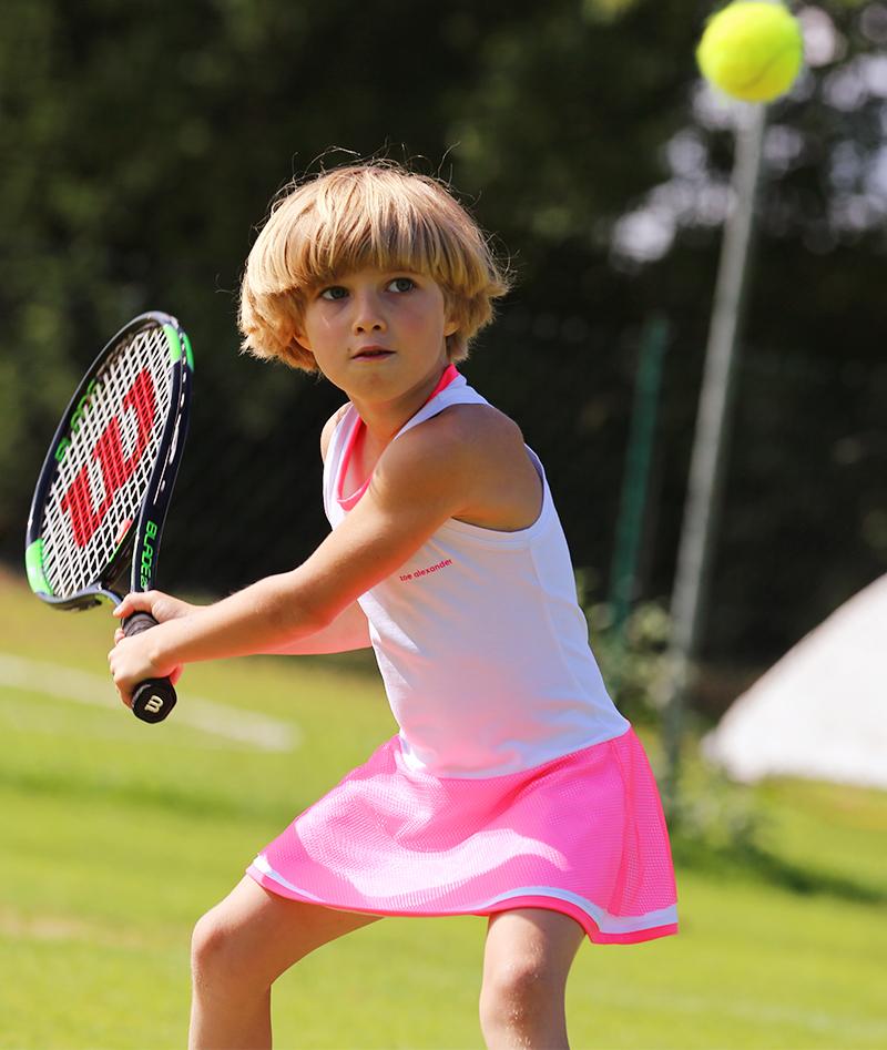 Wilson Blade Team 25 Inch Composite Junior Tennis Racket