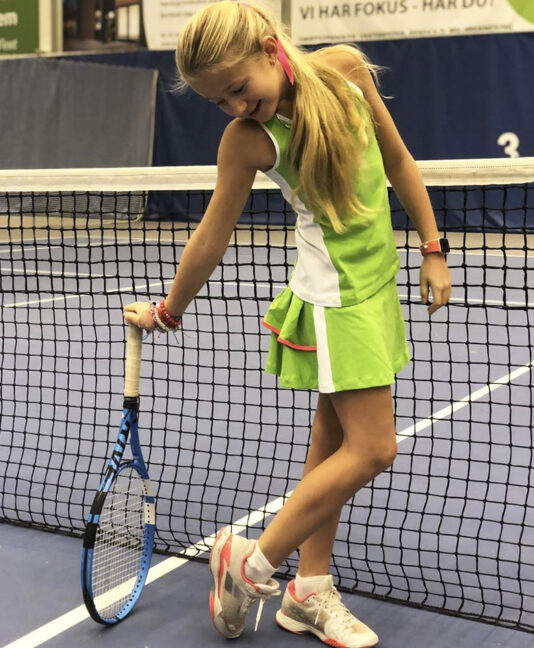 green tennis outfit girls kaia zoe alexander