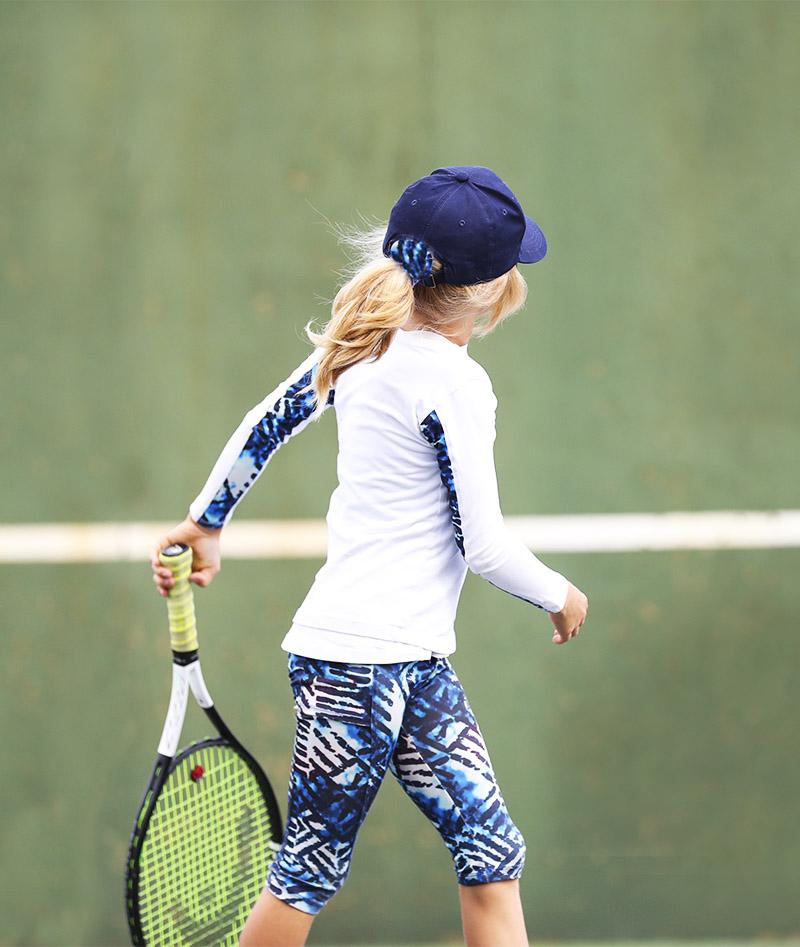 VIPA TENNIS CLOTHES GIRLS TOP VEST CAPRI ZOE ALEXANDER UK ZA 800 A A96I6611