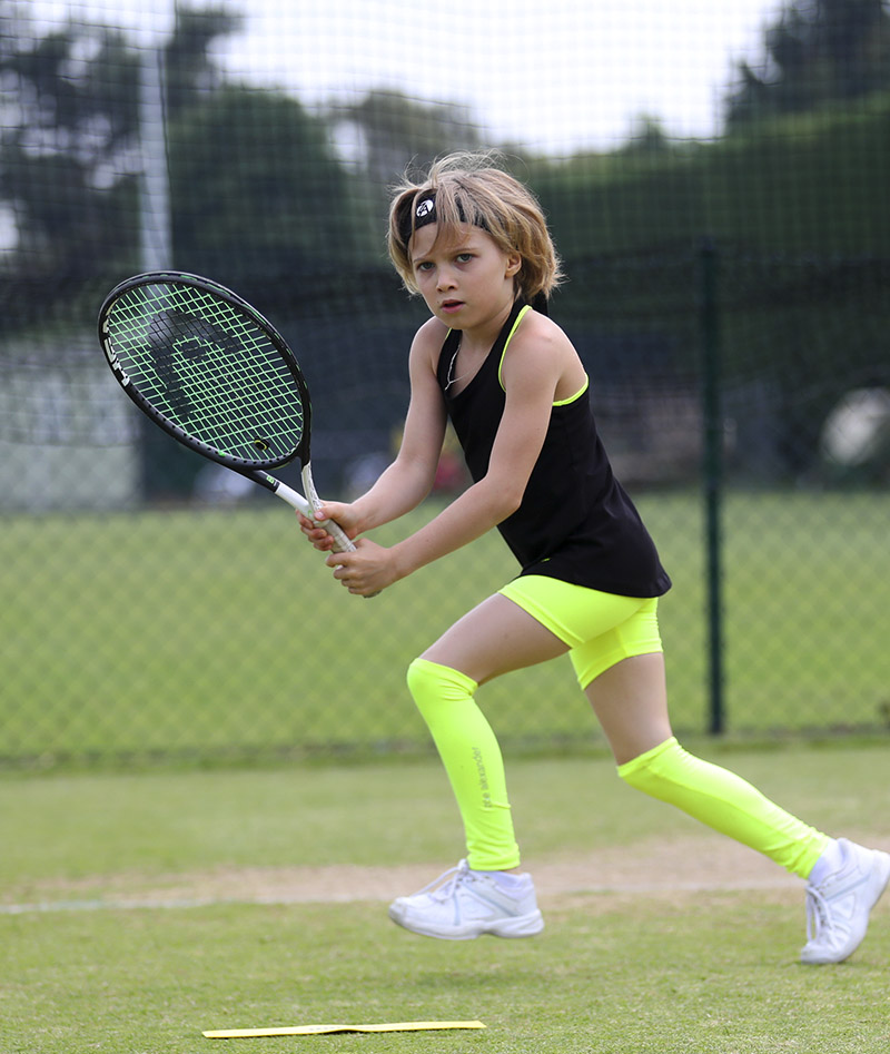 Girls_Tennis_Shorts_Performance_Neon_00
